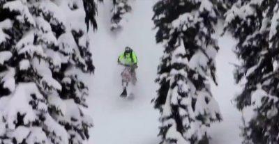 moto neige et poudreuse