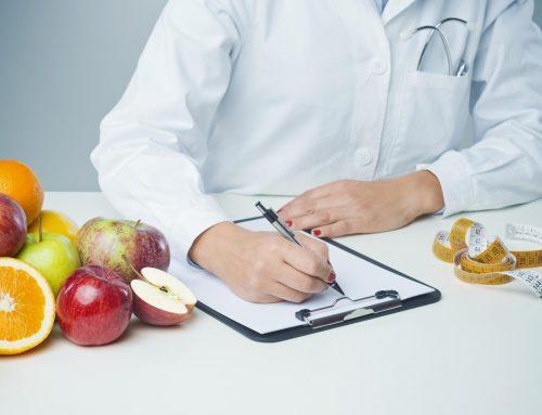 Quelles différences entre un diététicien et un nutritionniste?